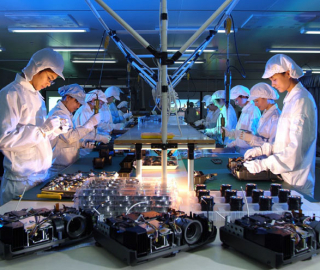 PROJECTOR-Production-Line